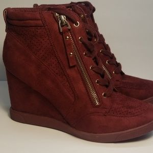 Just Fab Burgandy Size 8.5 Wedge Booties